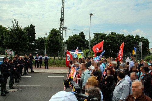 Am 23. Mai kam es sowohl in Limburgerhof als auch in Ludwigshafen-Mundenheim (siehe Bild) zu erneuten Protesten gegen Nazi-Aufmärsche, Foto: www.linksunten.ndymedia.org