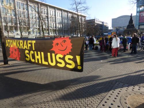 Aktion gegen Atomkraft auf dem Paradeplatz Mannheim am 11.03.2015, Foto: Avanti²