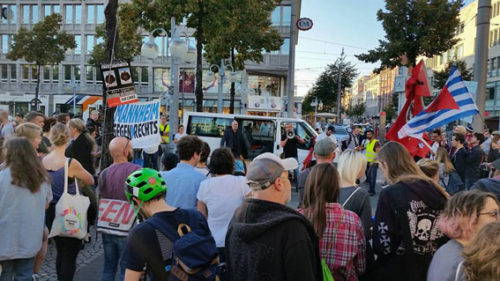 Gegendemonstration gegen AFD-Hetze am 29.9.2016 in Mannheim. Foto: Avanti²