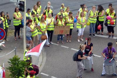 Streikende ver.di-KollegInnen in Mannheim, 27. Juni 2017. Foto: Avanti².