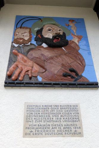 Gedenktafel und Halbplastik von Johannes Grützke in Konstanz zur Erinnerung an die Erhebung von 1848. Foto: Avanti²