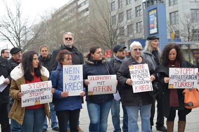 Mannheimer Protestkundgebung gegen den Überfall auf Afrin, 27.01.2018. Foto: Klaus.