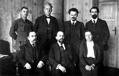 Die sowjetische Delegation in Brest Litowsk, 15. Januar 1918 (Foto: Gemeinfrei)