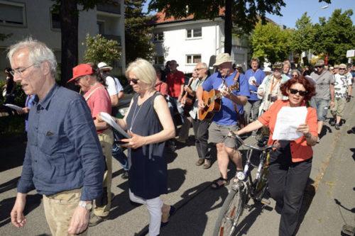 Musikalischer Sektor des Festumzugs (Foto: Helmut-roos@web.de)