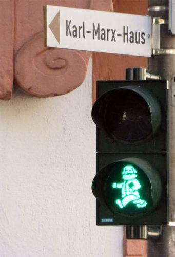 Marx als Ampelmännchen in Trier