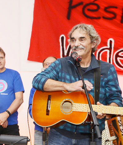 Bernd Köhler beim Festkonzert 15 Jahre AlstomChor in Mannheim, 27. Oktober 2018 (Foto: helmut-roos@web.de)