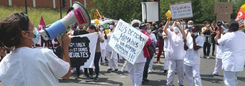 Demo und Straßenblockade des Pflegepersonals vor dem Hospital Casanova in Saint-Denis, 18. Juni 2020 (Foto: Photothèque Rouge /JMB.)