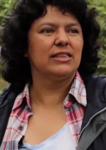 Berta Isabel Cáceres Flores (1973–2016), honduranische Menschenrechts- und Umweltaktivistin. Sie wurde am 3. März 2016 ermordet (Foto: UN Environment - ONU Brasil - https://vimeo.com/214055225, CC BY 3.0.)