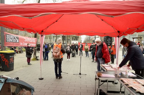Kundgebung zum ZeroCovid-Aktionstag am 10. April in Mannheim (Foto: helmut-roos@web.de)