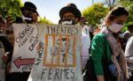 """Demo in Paris gegen die gegen die """"Reform"""" der Arbeitslosenversicherung, 23. April 2021 (Foto: Copyright Photothèque Rouge / Martin Noda / Hans Lucas)"""