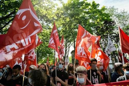 Demo in Paris zum 150. Jahrestag der Niederschlagung der Pariser Kommune, 29. Mai 2021 (Copyright Photothèque Rouge / Martin Noda / Hans Lucas)