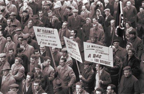 Demonstration am 3. Januar 1961 in Lüttich während des belgischen Generalstreiks. (Foto: Gemeinfrei.)